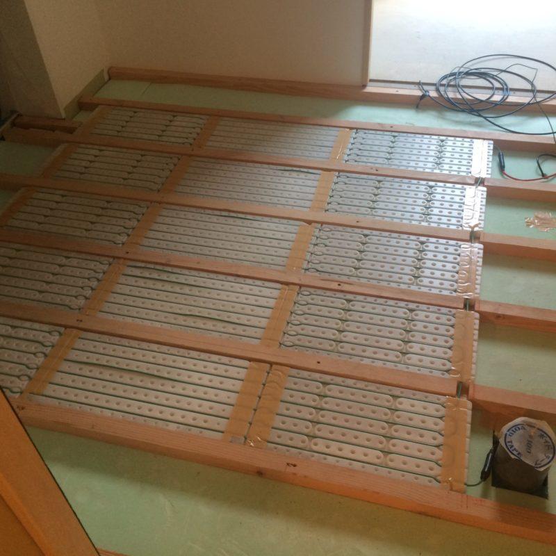 床暖房工事 サムネイル